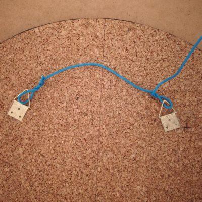Couper l'excédent de fil