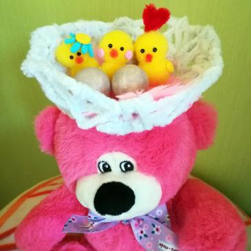 Une idée de bricolage enfant original pour Pâques.