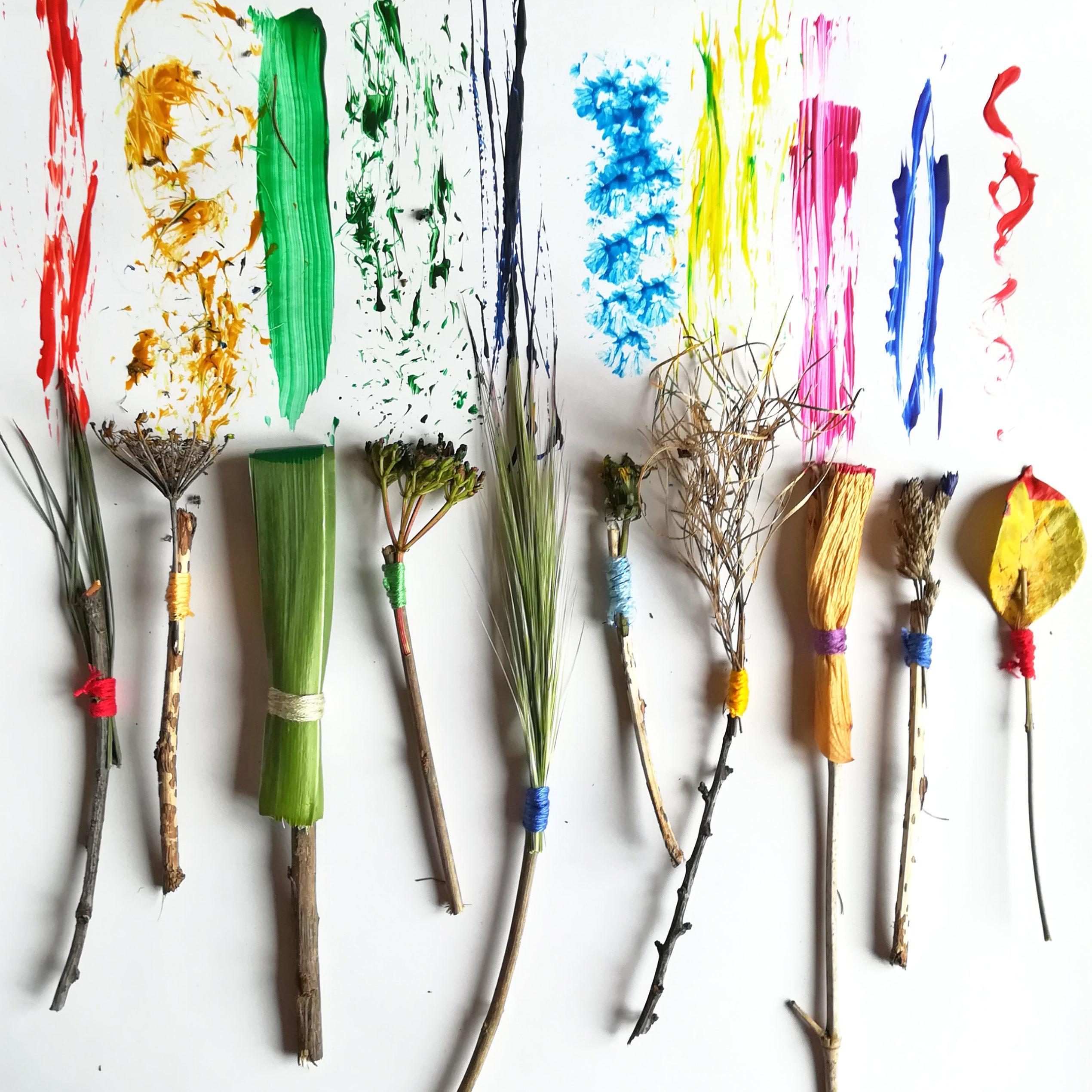 Tutoriel fabriquer pinceaux avec fleurs feuillles branches