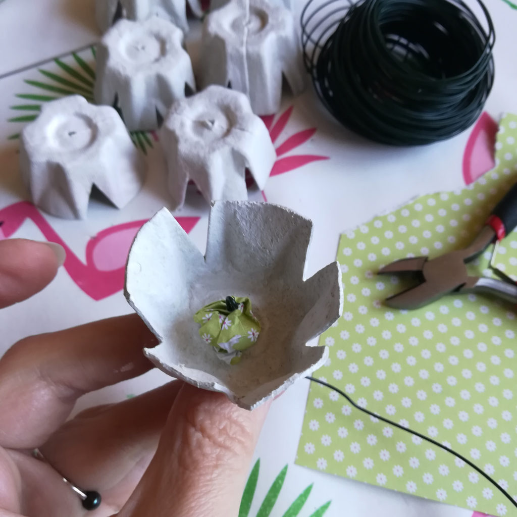 fleur papier boite oeuf