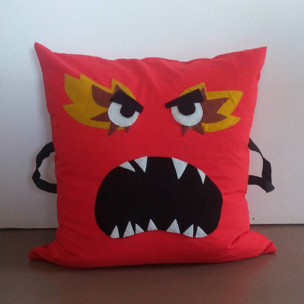 coussin colere emotion