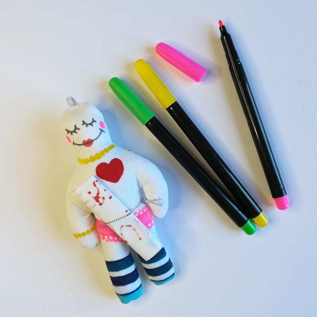 kit creatif enfant poupée tracas